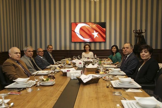 TGDF üyesi derneklerin Ankara'da bulunan Genel Sekreterleri ile yapılan tanışma toplantısı