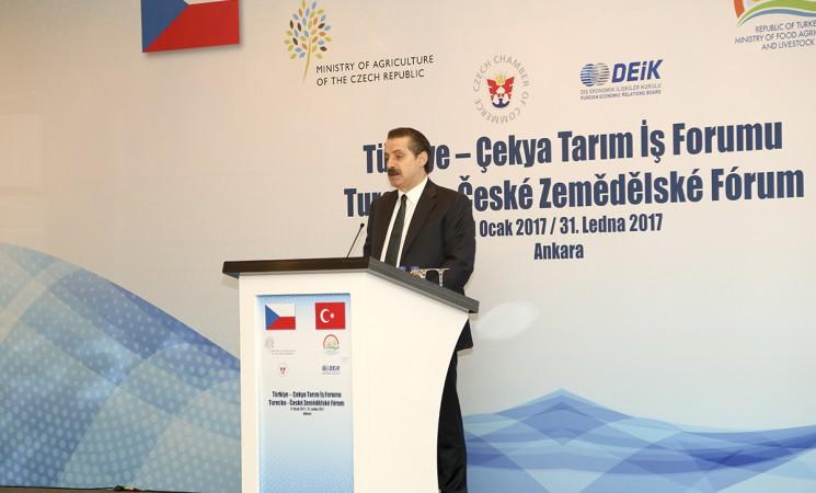 Türkiye-Çekya Tarım İş Forumu Ankara'da gerçekleştirildi